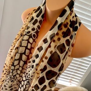 Accessories - Beautiful EXOTIC SCARF!